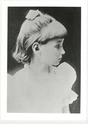 Fotografia de 1887.  Helen Keller aos 7 anos