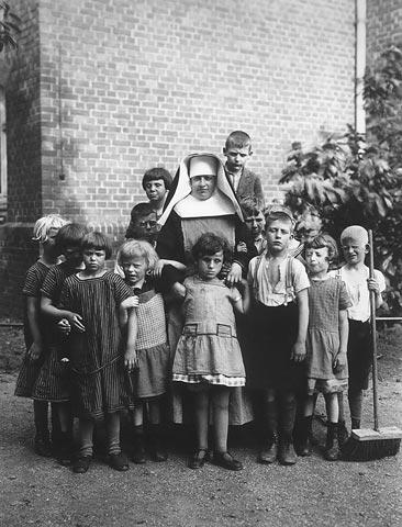 Crianças cegas em Duren - fotografia de August Sander, cerca de 1930