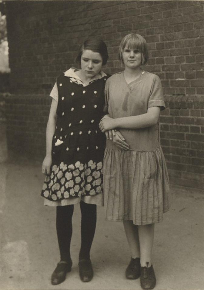 Meninas cegas - fotografia de August Sander, cerca de 1930