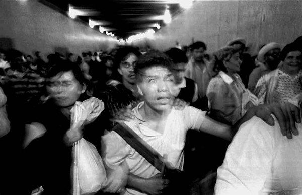 Manifestação de protesto contra a proibição do comércio ambulante na Cidade do México - Marco Antonio Cruz, 1993