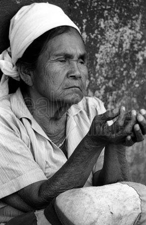 Mendiga cega em El Salvador - fotografia de Gary Moore