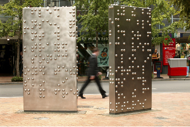 Invisible city - escultura - Anton Parsons